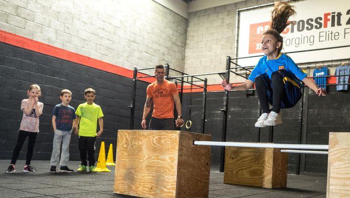 Springen als een kikker, kruipen als een beer; voor kinderen vanaf drie jaar is er nu CrossFit Pre school en Kids.