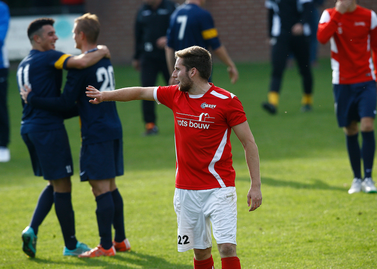 Max Jansen scoorde de 1-0 voor AZSV uit een vrije trap.