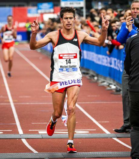 Marathon Amsterdam: een snellere marathontijd door de steun van het publiek? 'Ik denk het niet'