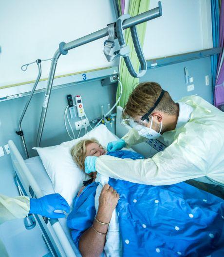 Ziekenhuizen schrikken van stijging coronapatiënten: 'Het is echt nog niet voorbij'