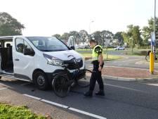 Fietser (15) gewond bij aanrijding in De Glind