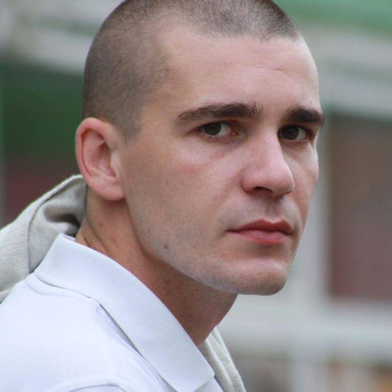 Adim Durakovic (26) verloor zijn vader en oom. Beeld rv