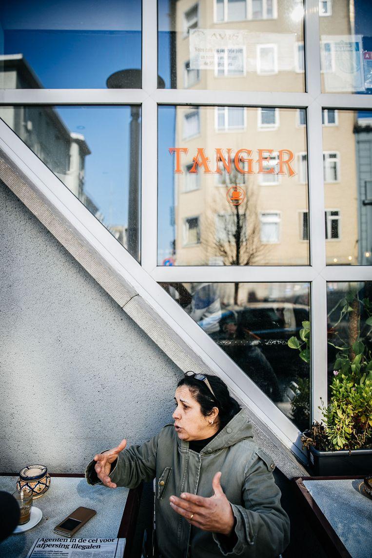 Soraya Marzoug, een vriendin van de uitbater van café Tanger. Beeld Wouter Van Vooren