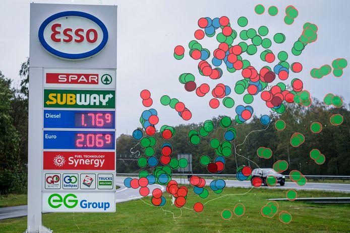 De benzineprijs heeft de magische 2 euro grens bereikt. Op zeker 6 plekken in deze regio moet aan de pomp meer dan 2 euro worden betaald per liter. Deze krant bracht alle prijzen in kaart.