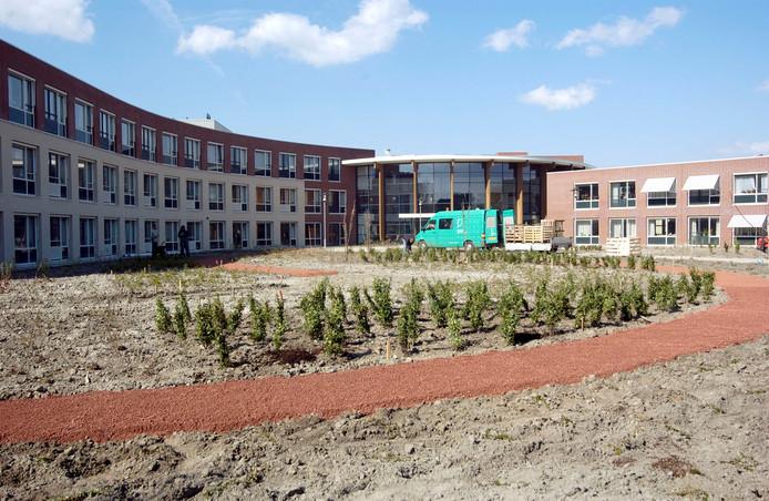 In de rechtervleugel van Cleijenborch komt het nieuwe gezondheidscentrum van Colijnsplaat. Het gedeelte achter de appartementen wordt verbouwd om plaats te bieden aan de huisarts en andere (para)medische diensten.