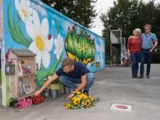 Met tegel tegen zinloos geweld in Elburg blijft Michiel Schut altijd dichtbij
