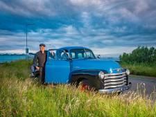 Andre (50) is niet van deze tijd, geef hem maar Cliff Richard en een Chevrolet 3100 uit 1953