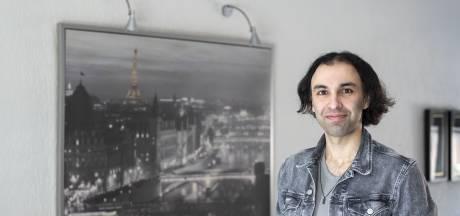 Ozan uit Rijssen genomineerd voor titel Geschiedenisdocent van het jaar: 'Echt heel eervol'
