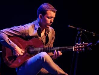 """Grimbergenaar Tom Van de Venne (35) wint Neoklassieke Talentenjacht van Warner Music: """"Bevestiging dat mijn eigen geschreven muziek in de smaak valt"""""""