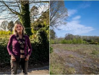 """Buurt protesteert tegen plannen voor acht nieuwe padelterreinen op leegstaand recreatiegebied: """"Als terreinen hier komen verhuis ik"""""""