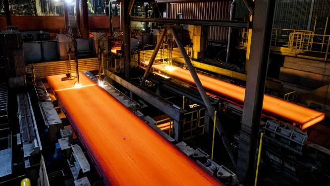 Tata Steel gaat eerst méér staal maken voordat het groener wordt