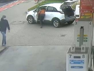 Hallucinant: man steelt handtas uit auto aan Lukoil Halle terwijl eigenaar ernaast staat