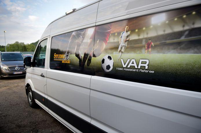 Het VAR-busje arriveerde te laat in Genk.