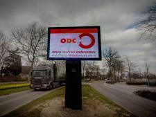 Neder-Betuwe broedt op plannen verlichte reclamezuilen maar er is 'vrees voor aanstootgevende reclame-uitingen'
