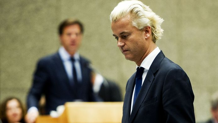 Archieffoto: Geert Wilders (PVV) met op de achtergrond Mark Rutte (VVD).