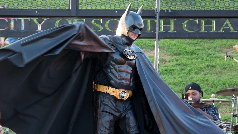 Leonard Robinson in zijn rol als Batman. Beeld ap