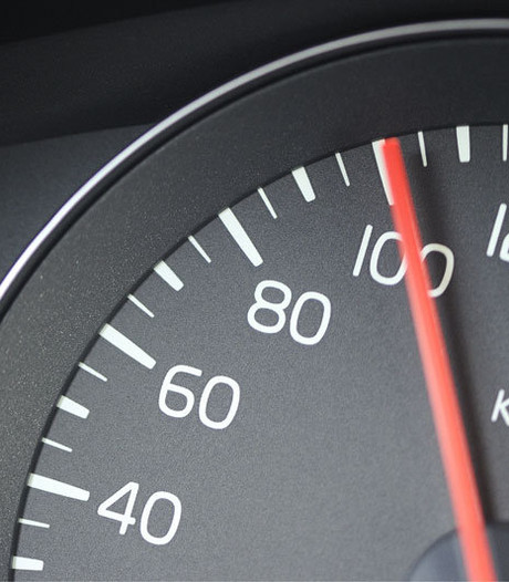 Man heeft bijzonder excuus voor rit met 170 kilometer per uur met aanhanger