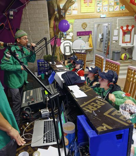 Niet alleen zenden en chatten bij de Jota in Boxtel, maar ook live televisieprogramma's maken