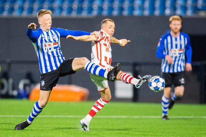 FC Eindhoven vorige week tegen TOP Oss (0-0). Die wedstrijd werd wel nog door voetbalzender ESPN uitgezonden.