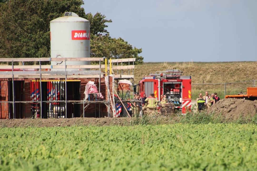 De brandweer was met spoed uitgerukt om te assisteren bij het ongeval.