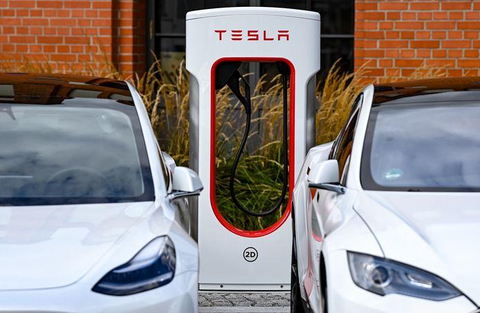 Het zou vooral gaan om Tesla-modellen die tussen eind 2016 en 2109 zijn gebouwd.