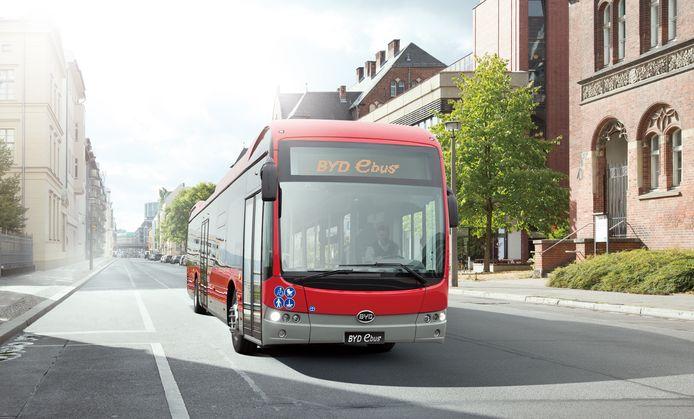 Een elektrische bus van het Chinese BYD. De fabrikant zou er 259 van mogen leveren aan Keolis.