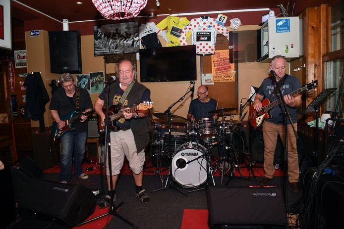 Big Bill trad zaterdag op in café 't Werrek.