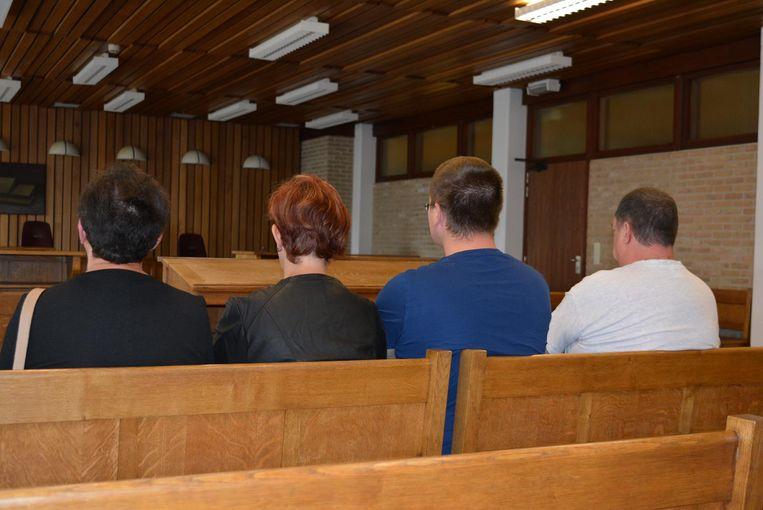 De oma en ouders van F. uit Maldegem en papa van L. uit Niel kwamen het vonnis gisteren aanhoren.
