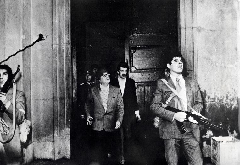 Met hulp van de Verenigde Staten pleegde generaal Augusto Pinochet in 1973 een staatsgreep in Chili. President Salvador Allende (met bril) kwam daarbij om het leven. Beeld Hollandse Hoogte