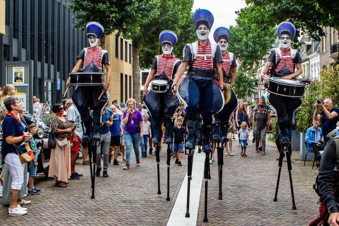 Deventer op Stelten in 2019. Het is een van de grootste festivals in de stad. Dit jaar ging het in aangepaste vorm door.