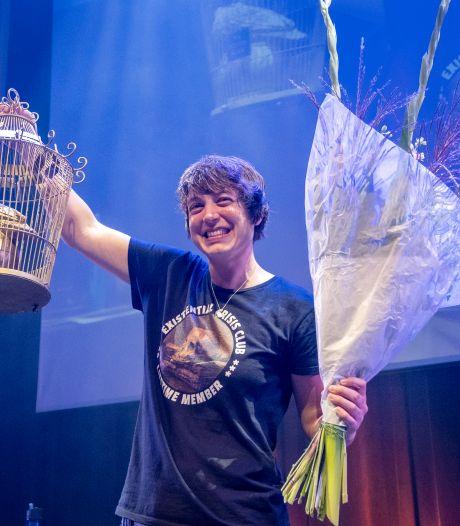 Monique Hendriks uit Eindhoven is Nederlands kampioen poetry slam