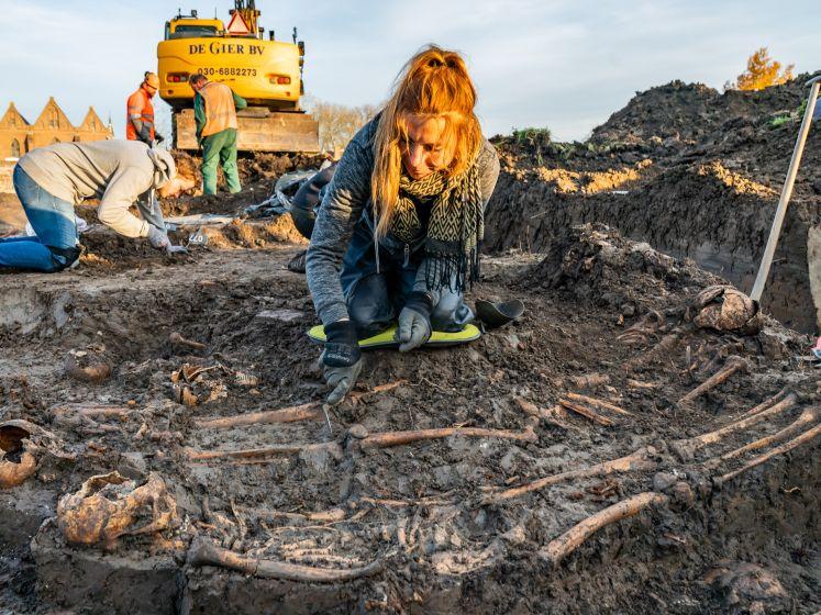 Dit is waarom de skeletten in het nieuw ontdekte grafveld in Vianen niet worden opgegraven