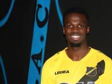NAC zonder verdediger Adiléhou richting De Graafschap