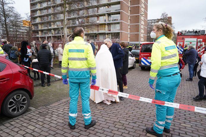 De flat aan de Aalscholverlaan in Vlaardingen moest maandag ontruimd worden.