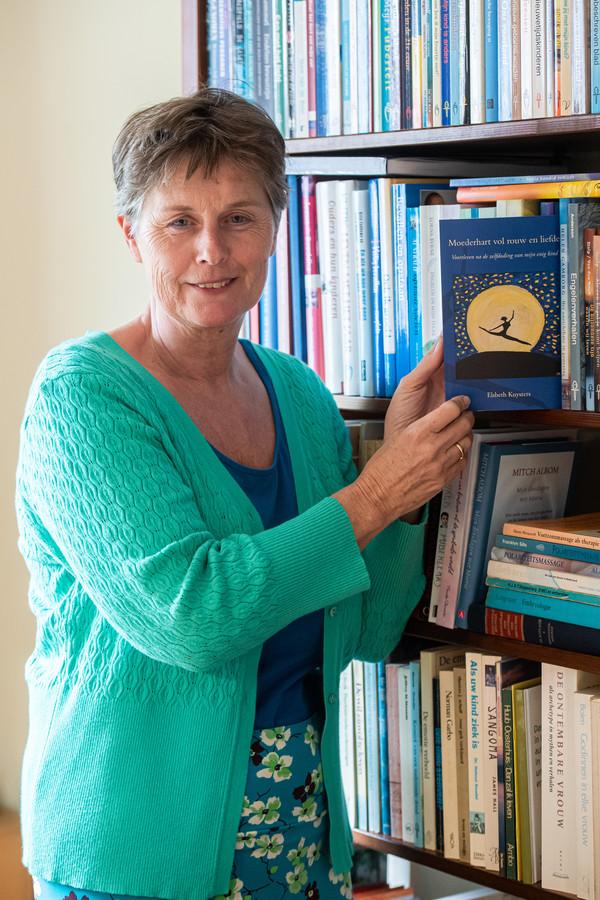 Breda Pix4Profs/René Schotanus. Elsbeth Kuysters met haar boek.