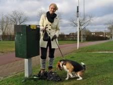 Hondenbezitter kan in Voorst niet meer om poepbakken heen