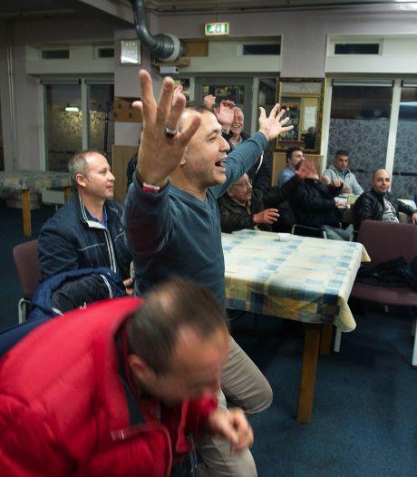 Multicultureel Centrum Helmond bestrijdt dat het niet genoeg doet om ook bier te mogen tappen