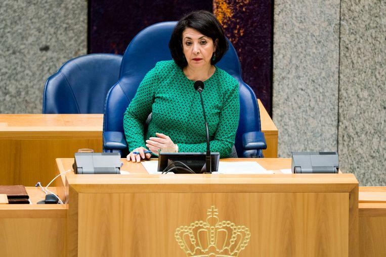 Kamervoorzitter Khadija Arib tijdens het vragenuurtje. Beeld Freek van den Bergh / de Volkskrant