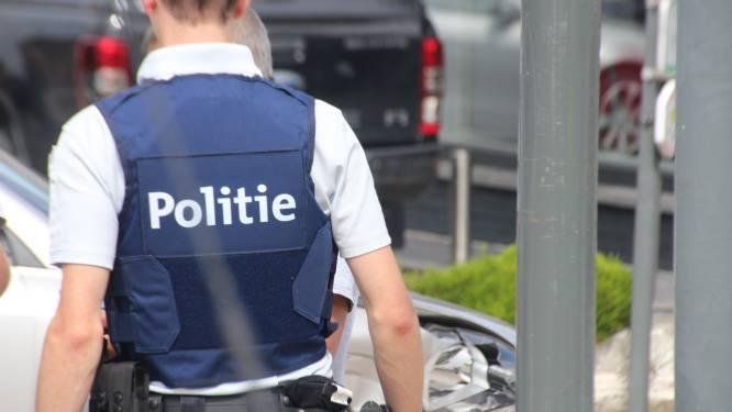 Dertiger belandt in cel na stamp in gezicht agent in Kortrijk