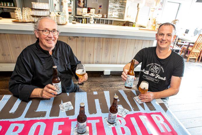 Rutger en vader Harry Rosman van café De Beuk waar Den Ham Proeft weer kan worden gehouden.