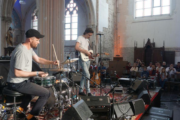 In het kader van duyster.live stond vorig jaar onder meer The Bony King of Nowhere in de kerk van Leffinge tijdens Leffingeleuren