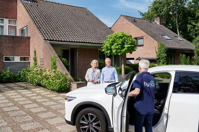 Eén ding is er wel veranderd door de coronacrisis: steeds vaker vindt de proefrit óf het afleveren van een auto aan huis plaats