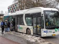 Politici in Zwolle balen van problemen busvervoer, maar een oplossing hebben ze niet