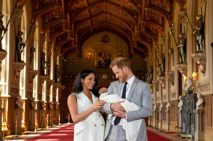 Archie vlak na zijn geboorte, op 8 mei in Windsor Castle.