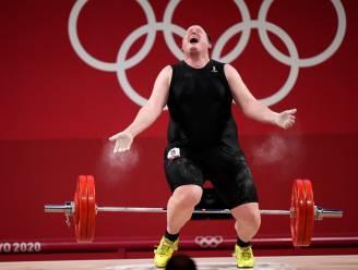 """Eerste transgender op Spelen beëindigt loopbaan na zeer teleurstellende olympiade: """"De leeftijd heeft me ingehaald"""""""