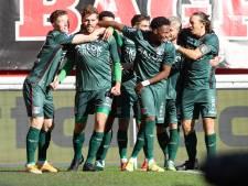 NEC sluit dramatische week af met knappe zege bij FC Twente, hoofdrol voor invaller Vet