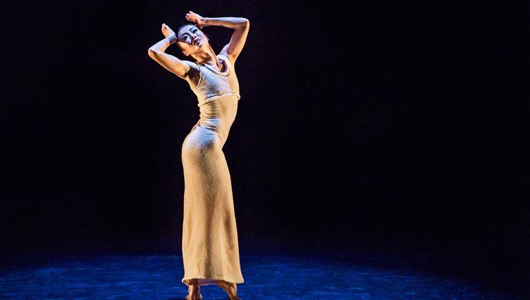 Pei Ju Chien-Pott in Grahams Ekstasis. Op 7/2 danst Anne Souder de solo. Beeld Brigid Pierce