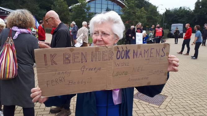 Betoging bij vliegbasis Volkel: 'De tijd is rijp voor nieuwe massabeweging tegen kernwapens'