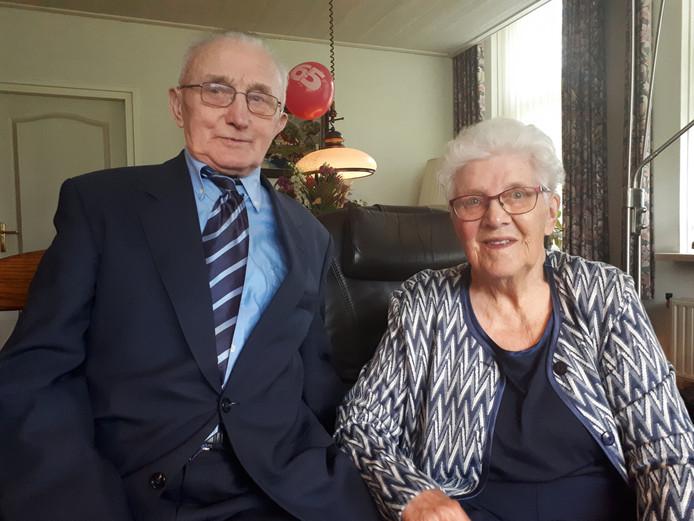 Bernard en Gerda Lohuis wonen al 65 jaar op de Jordaanhoeve, in de Veldmaat.