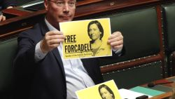 """N-VA stelt geen actuele vragen, maar voert actie voor Catalaanse zaak: """"Dit is in strijd met de grondwet"""""""